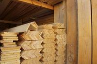 Плинтус, уголок (деревянный)